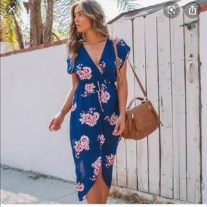 VICI blue floral dress